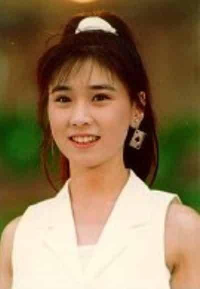 秋元康氏の妻 高井麻巳子さん
