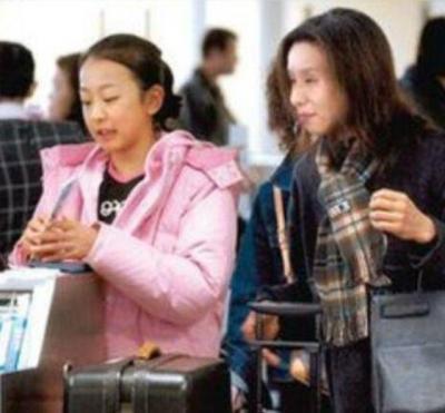 海外の試合も浅田真央さんに同行する母親の浅田匡子さん
