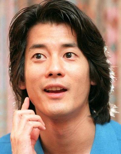 若い頃の俳優・唐沢寿明さん