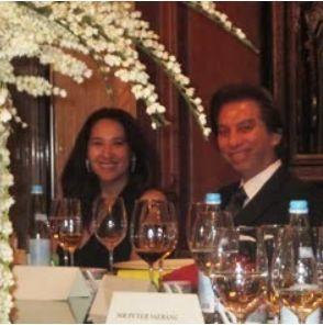 2012年ジャカルタにてデヴィ夫人の娘のカリナさん