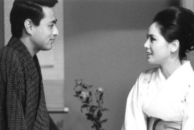 若い頃のデヴィ夫人と津川雅彦