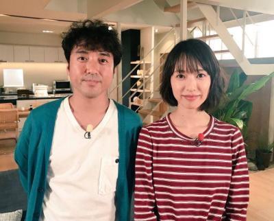 ムロツヨシさんと戸田恵梨香さんの仲良しショット