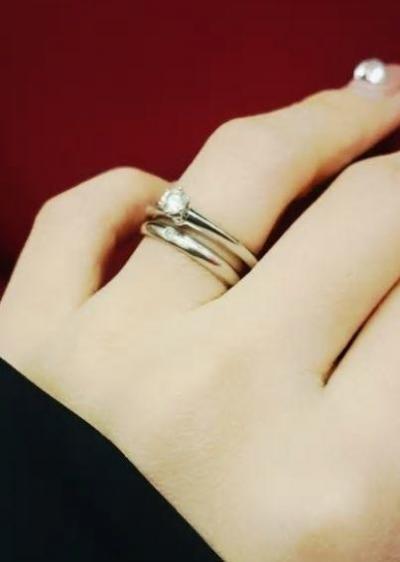 関有美子さんが気に入っていない婚約指輪と結婚指輪