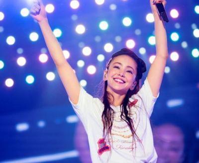 引退前日の沖縄ライブでの安室奈美恵さん