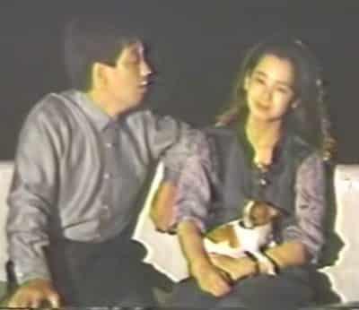 「君をのせて」を横で聴き入る田中裕子さん